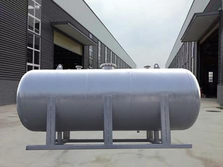 臥式碳鋼無塔供水器