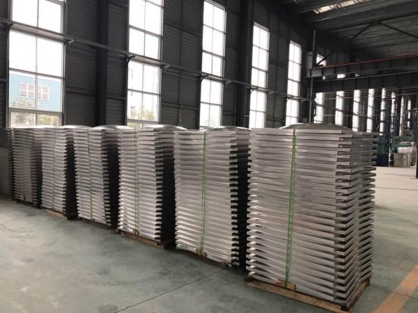 不銹鋼沖壓板材
