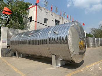 承压不锈钢保温水箱