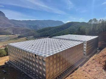 2台 1280吨不锈钢水箱